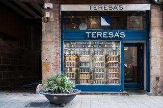 Letras de hormigón, para Teresas Juicery, BArcelona